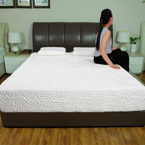 Two-layer memory foam mattress with 2 pillows - White