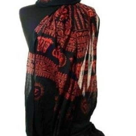 Women's Peace And Love Mantra Printed Fashion Scarf