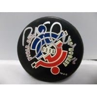 Signed Hull Brett World Cup of Hockey Hockey Puck autographed