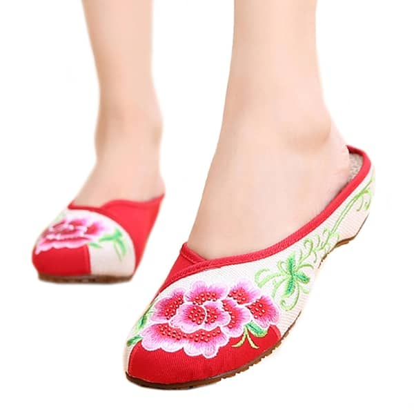Chinese Old Beijing Cloth Shoes Women  National Style Embroidered Shoes Slippers
