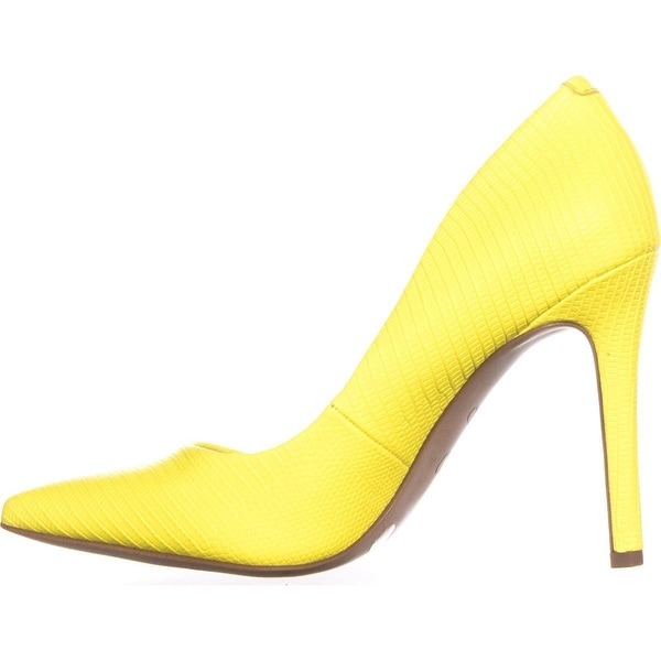 Jessica Simpson Womens CASSANI Pointed Toe Classic Pumps