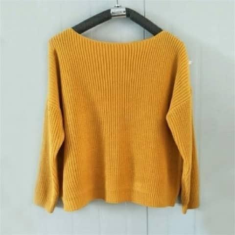 One-Shoulder Long-Sleeved Sweater