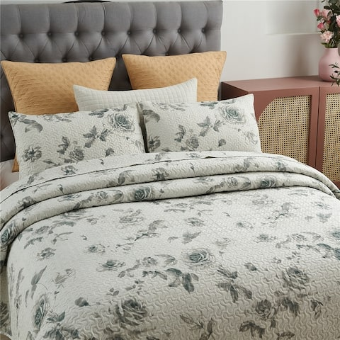 3 Piece Printed Reversible Bedding Quilt Set- Quilt and 2 Shams, Soft & Lightweight Full/Queen,King
