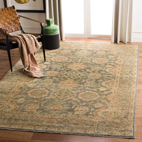 Safavieh Couture Handmade Sivas Josee Traditional Oriental Wool Rug with Fringe