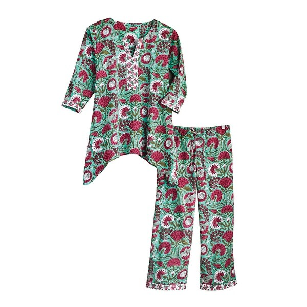 Women's Red and White Flower Pajamas - 3/4 Sleeve Shirt and Capri Pants Bottoms