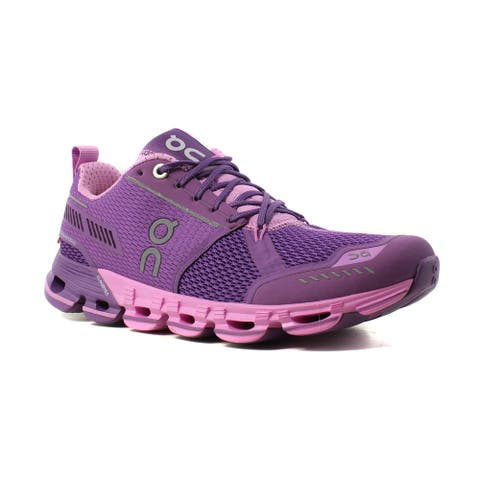 meet 17cf5 992fe On Cloud Womens Cloudflyer Running Shoes