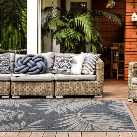 Contemporary Floral Indoor/Outdoor Area Rug
