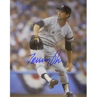 Tommy John signed New York Yankees 8x10 Photo