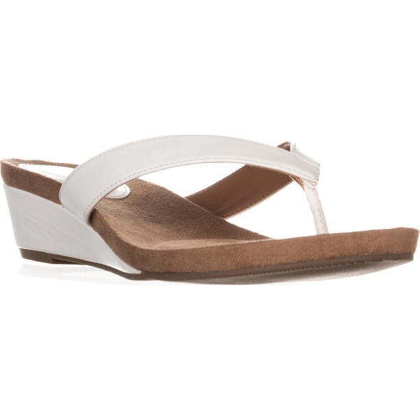 SC35 Haloe2 Wedge Thong Sandals, White