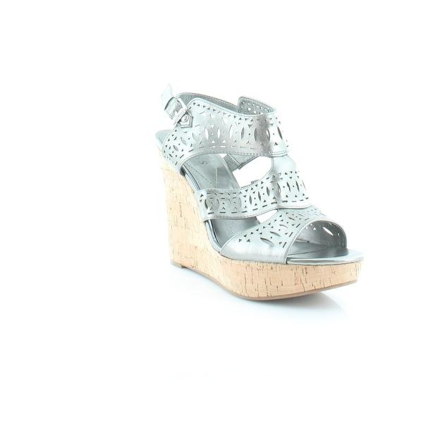 Guess Vannora Women's Sandals & Flip Flops Pewter