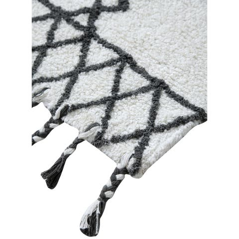 Premium 100% Cotton Traditional Geometric Printed Runner (22 in x 60 in)