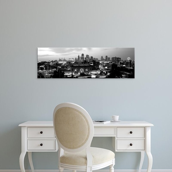 Easy Art Prints Panoramic Image 'Union Station at sunset with city skyline, Kansas City, Missouri' Canvas Art