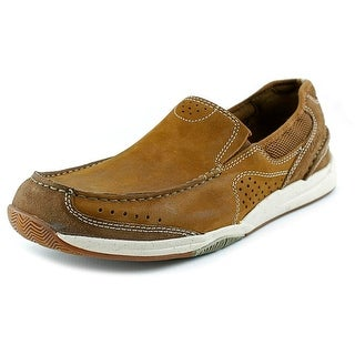 Clarks Allston Free Round Toe Leather Loafer