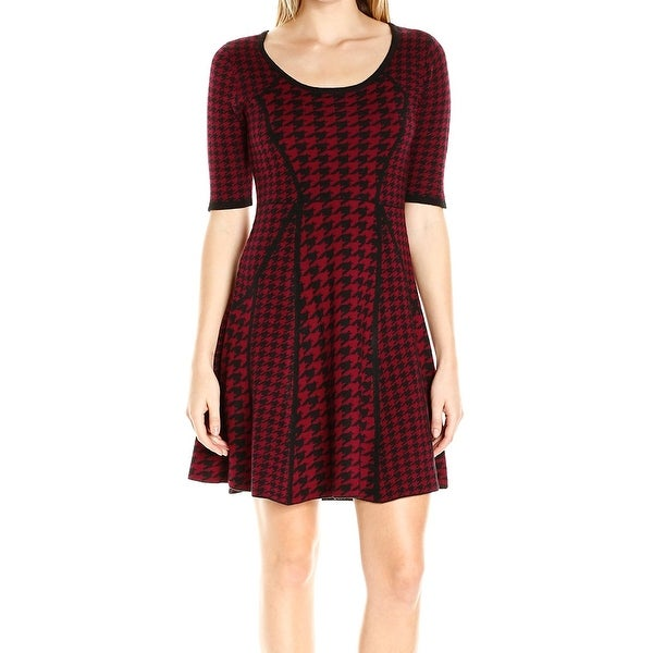 fc08ce72061 Shop Sandra Darren NEW Red Womens Size XL Houndstooth Knit Sweater Dress - Free  Shipping On Orders Over  45 - Overstock - 19514782