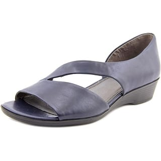 Life Stride Magda Women N/S Open Toe Synthetic Sandals|https://ak1.ostkcdn.com/images/products/is/images/direct/855beec66798d61fefbc42c3db9facc2071f9de7/Life-Stride-Magda-Women-N-S-Open-Toe-Synthetic-Sandals.jpg?impolicy=medium