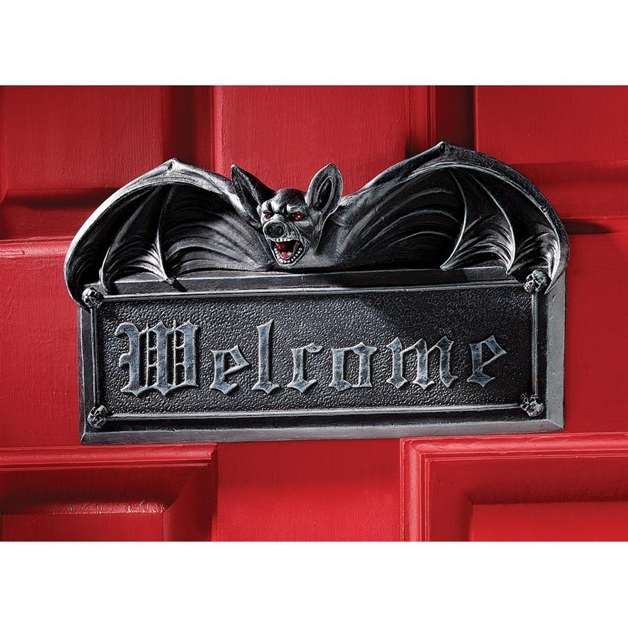 Design Toscano Halloween  Vampire Bat Welcome Wall Sculpture