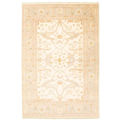 ECARPETGALLERY Hand-knotted Royal Ushak Cream Wool Rug - 5'1 x 9'0
