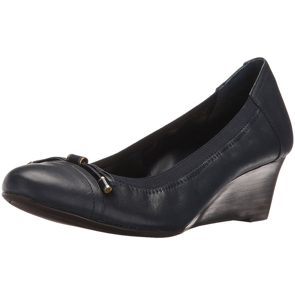 LAUREN by Ralph Lauren Womens Shaylee Leather Closed Toe Wedge Pumps