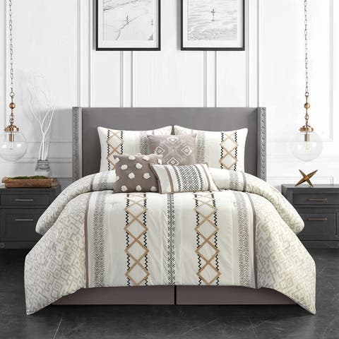 Grand Avenue Trina 7-Piece Comforter Set