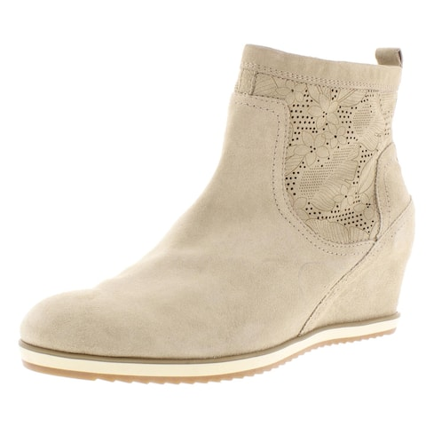 Marc Fisher LTD Womens Yohani Cowboy, Western Boots Suede Perforated - Medium Natural Suede
