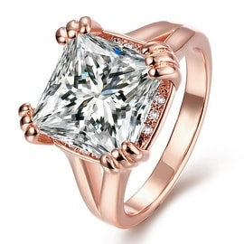 Rose Gold Crystal Centerpiece Ring