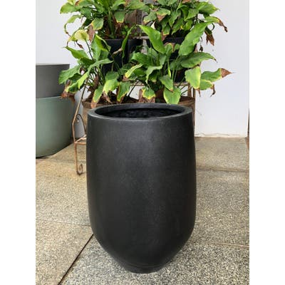 DreamPatio Garden Grove 1-Piece Fiberstone Planter