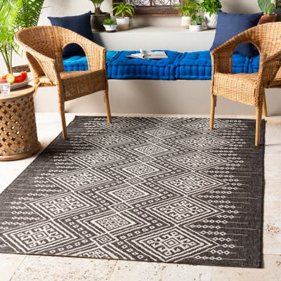The Curated Nomad Lori Indoor/ Outdoor Global Bohemian Area Rug
