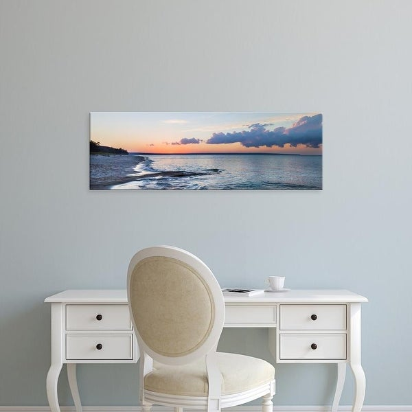 Easy Art Prints Panoramic Image 'Miner's Beach, Pictured Rocks National Lakeshore, Michigan' Canvas Art
