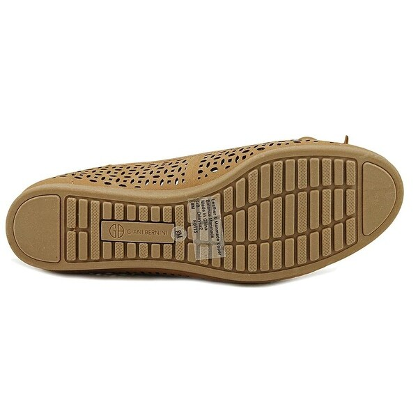 Giani Bernini Womens Odeysa Closed Toe Casual Slide Sandals