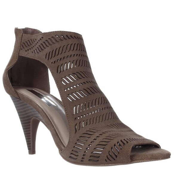 I35 Granell Thick T-Strap Cutout Sandals, Toffee - 8 us