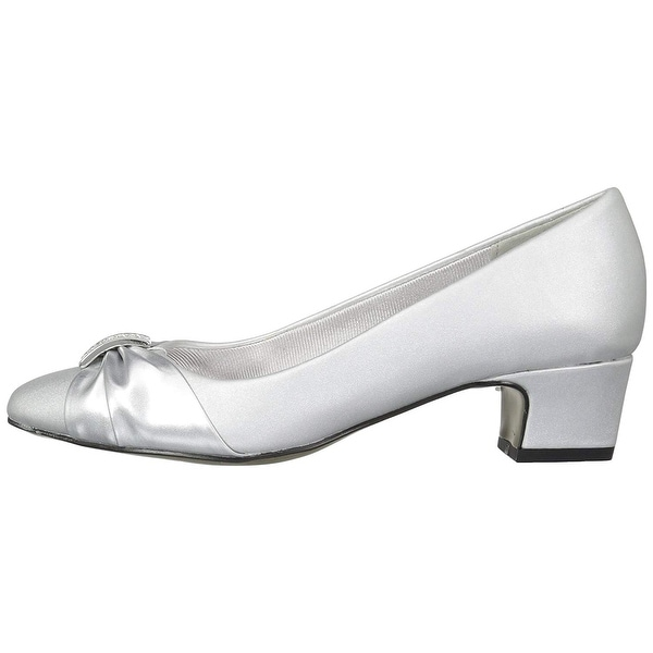 Easy Street Womens Eloise Closed Toe Classic Pumps