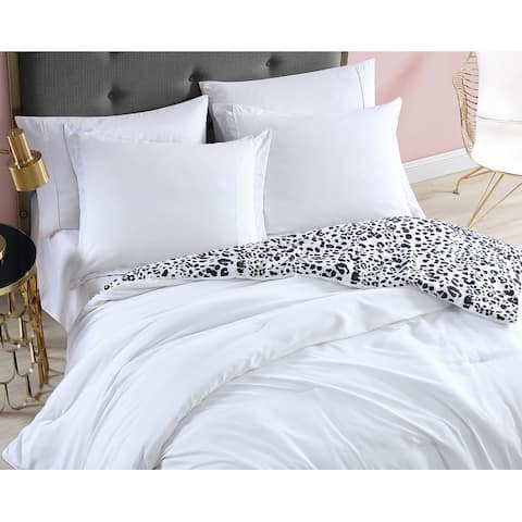 Betsey Johnson Water Leopard Reversible Duvet Cover Set