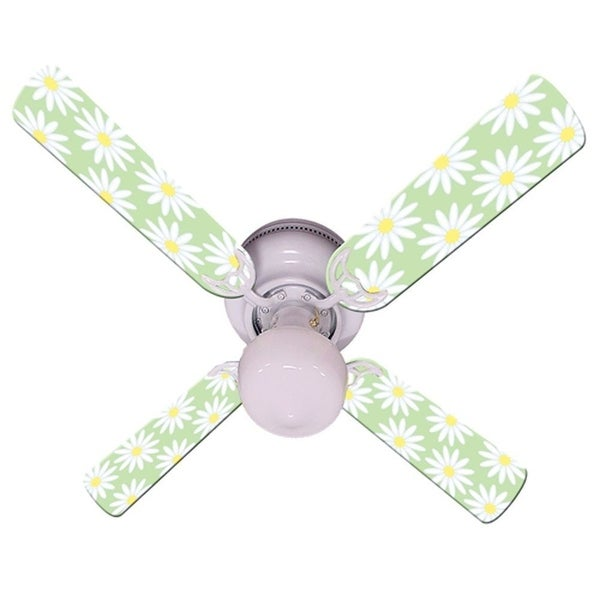 Light Green White Daisy Print Blades 42in Ceiling Fan Light Kit - Multi