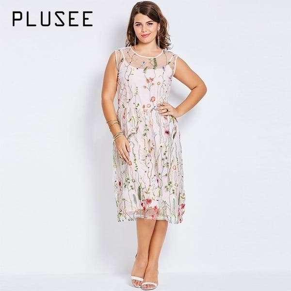 Plusee Plus Size Bohemian Women Boho 2017 Pink Hot Floral Embroidery Summer  Party Gown Large Size Dress 4Xl Plus Size Dresses