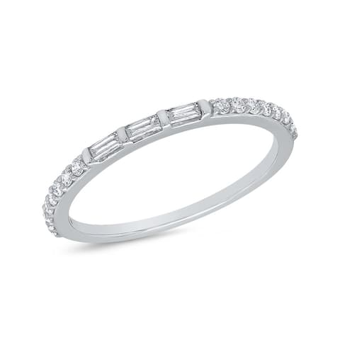 10K White Gold 1/4ct TDW Diamond Baguette and Round Wedding Band (I-J, I1)