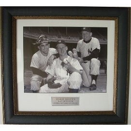 Mickey Mantle unsigned New York Yankees Vintage B&W 11x14 Photo Leather Framed