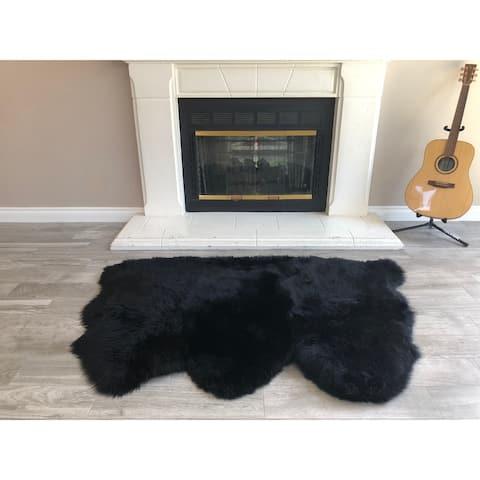 """Dynasty Natural 3-Pelt Luxury Long Wool Sheepskin Black Shag Rug - 3' x 4'6"""""""