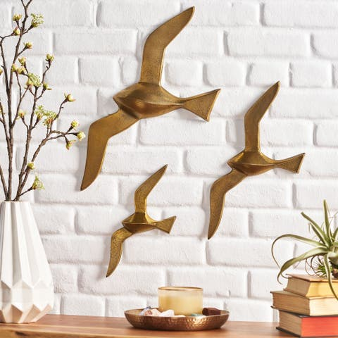Marley Indoor Aluminum Handcrafted Bird Wall Decor by Christopher Knight Home