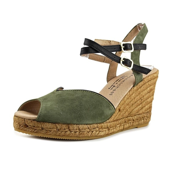 Eric Michael gina 7 Women Olivo Sandals