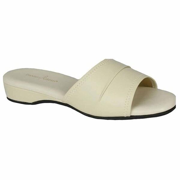 6d29bb558dda Shop Daniel Green Womens Dormie Casual Slippers - Free Shipping On ...