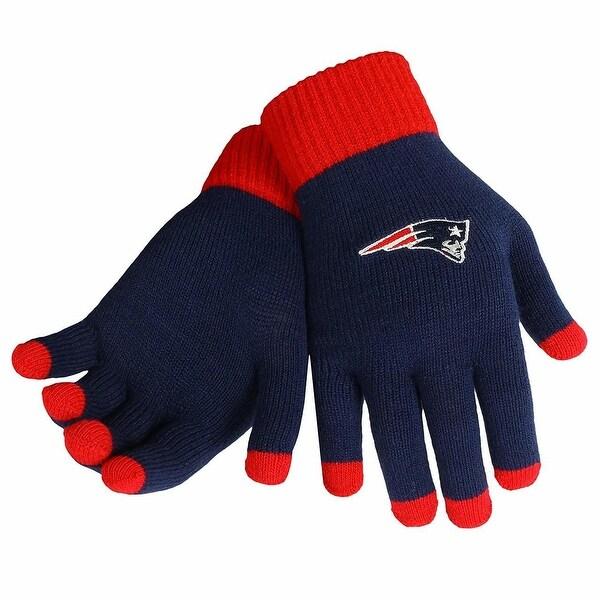 new arrival 90e14 81c39 NE Patriots Knit Color Block Gloves