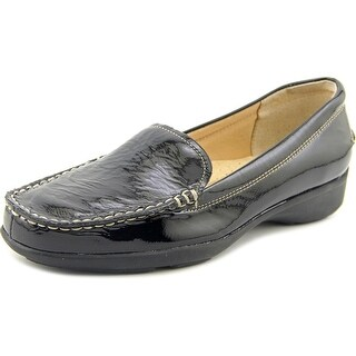 Trotters Zane W Round Toe Patent Leather Loafer