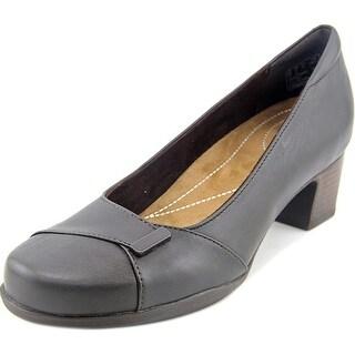 Clarks Rosalyn Belle N/S Round Toe Leather Heels