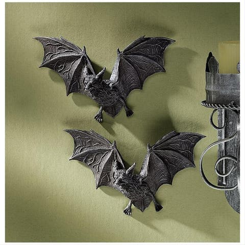 Design Toscano The Vampire Bats of Castle Barbarosa Wall Sculptures: Set of 2