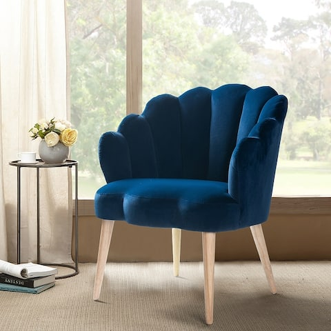 Carson Carrington Ullnasnoret Scalloped Velvet Arm Chair