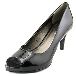 Trotters Olivia Women N/S Peep-Toe Patent Leather Black Heels