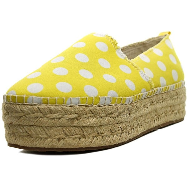 Betsey Johnson Flouncee Women Yellow/Wht Flats