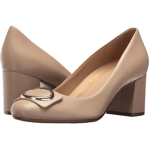a4516a02f1 Shop Naturalizer Womens wright Leather Closed Toe Classic Pumps - On ...