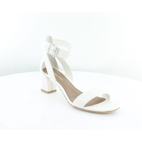Donald J Pliner Farah Women's Sandals & Flip Flops White