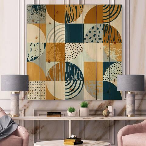 Designart 'Retro Semicircles Circles and Squares' Modern Print on Natural Pine Wood
